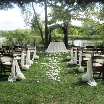 Weddings at Lazy Oaks